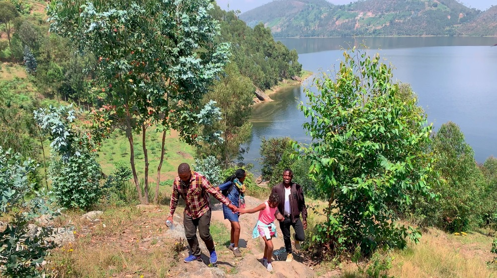 DAY 1 (UNTIL LUNCH): KIGALI - LAKE BURERA